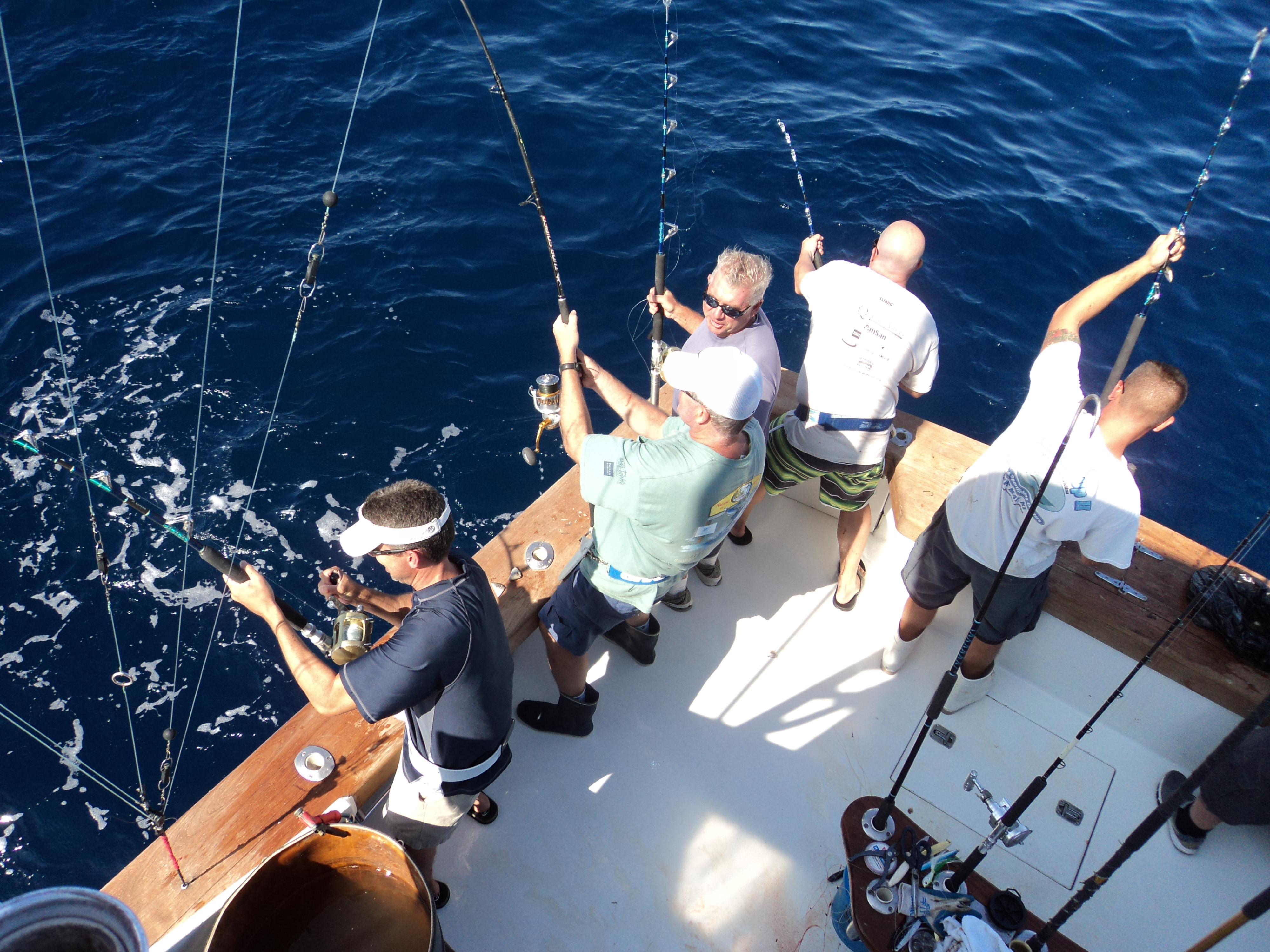 Tuna Charter Hooked Up II